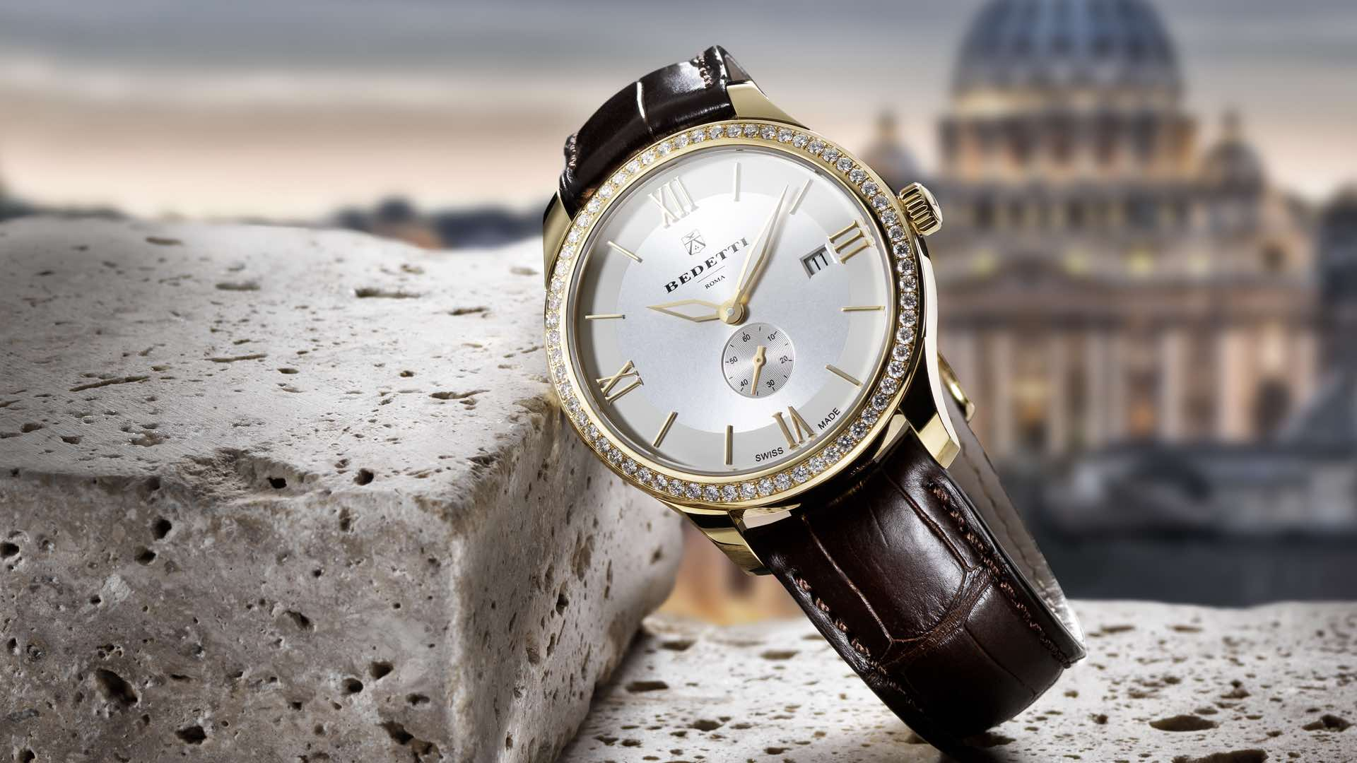 Total gold and diamonds white dial